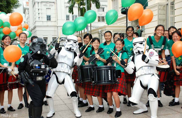 Parade-goers at St Patrick's Day in 2013. (Image: Straits Times)